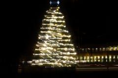 Χριστουγεννιάτικο δέντρο στην κίνηση στοκ εικόνα