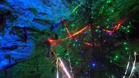 Χριστουγεννιάτικο δέντρο στη σπηλιά Grotto, Ρωσία πάγου Kungur - 25 Μαΐου 2017 φιλμ μικρού μήκους