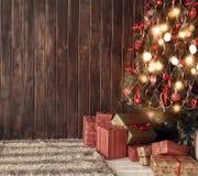 Χριστουγεννιάτικο δέντρο στο καθιστικό Στοκ φωτογραφίες με δικαίωμα ελεύθερης χρήσης