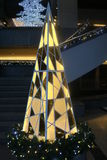 Χριστουγεννιάτικο δέντρο, φω'τα και διακοσμήσεις, Μόντρεαλ Στοκ Φωτογραφίες