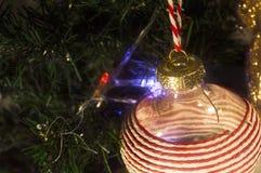 Χριστουγεννιάτικο δέντρο με την πυράκτωση Στοκ φωτογραφία με δικαίωμα ελεύθερης χρήσης