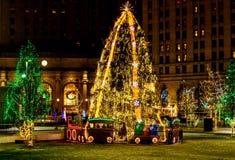 Χριστουγεννιάτικο δέντρο Plaza Στοκ Φωτογραφίες