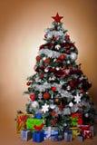 χριστουγεννιάτικο δέντρ&om Στοκ φωτογραφία με δικαίωμα ελεύθερης χρήσης