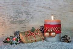 Χριστουγεννιάτικο δώρο και φως ιστιοφόρου Στοκ Φωτογραφίες