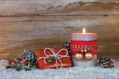 Χριστουγεννιάτικο δώρο και φως ιστιοφόρου Στοκ εικόνα με δικαίωμα ελεύθερης χρήσης