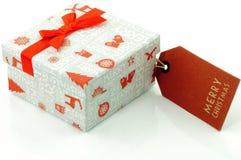 Χριστουγεννιάτικο δώρο και ετικέτα Στοκ Εικόνες