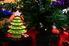 Χριστούγεννα διακοσμήσεων για το έμβλημα και το φυλλάδιό σας Στοκ φωτογραφία με δικαίωμα ελεύθερης χρήσης