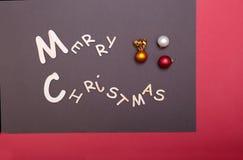 Χριστούγεννα εύθυμα ευχετήρια κάρτα και διακοσμήσεις πρόσθετα Χριστούγεννα μορφής ανασκόπησης Στοκ φωτογραφία με δικαίωμα ελεύθερης χρήσης