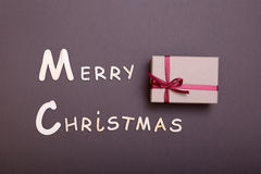 Χριστούγεννα εύθυμα κιβώτιο ευχετήριων καρτών και δώρων πρόσθετα Χριστούγεννα μορφής ανασκόπησης Στοκ Εικόνα