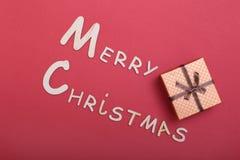 Χριστούγεννα εύθυμα κιβώτιο ευχετήριων καρτών και δώρων πρόσθετα Χριστούγεννα μορφής ανασκόπησης Στοκ φωτογραφίες με δικαίωμα ελεύθερης χρήσης