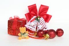 Χριστούγεννα και νέα αντικείμενα διακοσμήσεων έτους Στοκ Φωτογραφία