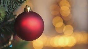 Χριστούγεννα και νέα κινηματογράφηση σε πρώτο πλάνο διακοσμήσεων έτους απόθεμα βίντεο