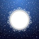 Χριστούγεννα και νέα snowflakes έτους γύρω από το πλαίσιο επίσης corel σύρετε το διάνυσμα απεικόνισης Στοκ εικόνες με δικαίωμα ελεύθερης χρήσης
