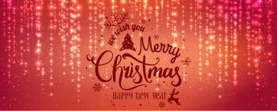 Χριστούγεννα και νέο έτος τυπογραφικά στο κόκκινο υπόβαθρο με την ανάφλεξη, φως, αστέρια Η πυράκτωση ακτινοβολεί ελαφριά αποτελέσ ελεύθερη απεικόνιση δικαιώματος