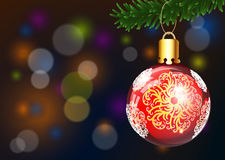 Χριστούγεννα και υπόβαθρο καλής χρονιάς με τον κομψούς κλάδο, τα χιόνια και τη σφαίρα Χριστουγέννων στοκ εικόνες με δικαίωμα ελεύθερης χρήσης