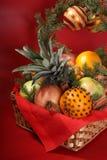 Χριστούγεννα καλαθιών Στοκ εικόνες με δικαίωμα ελεύθερης χρήσης
