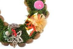 Χριστούγεννα κεριών στεφανιών εμφάνισης Στοκ φωτογραφία με δικαίωμα ελεύθερης χρήσης