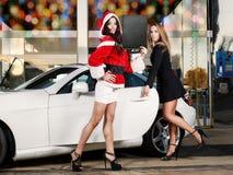 Χριστούγεννα στο πλύσιμο αυτοκινήτων Στοκ Φωτογραφίες