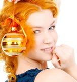 Χριστούγεννα σφαιρών redhead Στοκ φωτογραφία με δικαίωμα ελεύθερης χρήσης