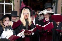 Χριστούγεννα Caroling Στοκ εικόνες με δικαίωμα ελεύθερης χρήσης