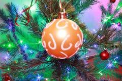 Χριστούγεννα tree& x27 παιχνίδι του s στοκ φωτογραφία με δικαίωμα ελεύθερης χρήσης