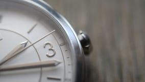 Χρονική έννοια: μακρο μήκος σε πόδηα προσώπου ρολογιών απόθεμα βίντεο