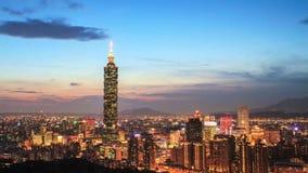 Χρονικό σφάλμα της όμορφης άποψης νύχτας της πόλης της Ταϊπέι, Ταϊβάν απόθεμα βίντεο