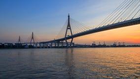 Χρονικό σφάλμα της όμορφης μεγάλης γέφυρας Bhumibol απόθεμα βίντεο