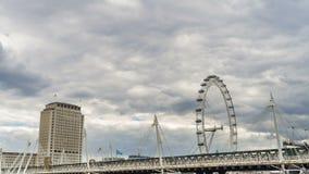 Χρονικό σφάλμα ματιών του Λονδίνου με τη γέφυρα Hungerford απόθεμα βίντεο