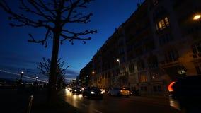 Χρονικό σφάλμα της οδήγησης αυτοκινήτων еру στο δρόμο Ελβετία απόθεμα βίντεο