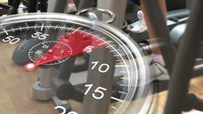 Χρονόμετρο με διακόπτη γραφικό πέρα από τους διαγώνιους εκπαιδευτές στη γυμναστική