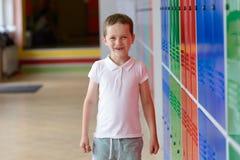 7 χρονών ημέρα μαθητών επιτέλους του σχολείου Στοκ εικόνα με δικαίωμα ελεύθερης χρήσης