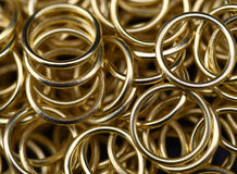 Χρυσά δαχτυλίδια Στοκ φωτογραφία με δικαίωμα ελεύθερης χρήσης