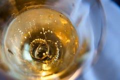 χρυσά δαχτυλίδια Στοκ φωτογραφίες με δικαίωμα ελεύθερης χρήσης