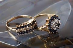 χρυσά δαχτυλίδια Στοκ Εικόνες
