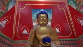 Χρυσά μάτια του Βούδα σε Dharamsala, Ινδία απόθεμα βίντεο
