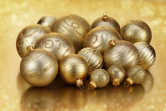 Χρυσά μπιχλιμπίδια στοκ φωτογραφία με δικαίωμα ελεύθερης χρήσης