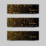 Χρυσά σπινθηρίσματα στο μαύρο υπόβαθρο, εμβλήματα Χρυσό κείμενο υποβάθρου Λογότυπο εμβλημάτων, Ιστός, κάρτα, VIP, αποκλειστικός,  Στοκ εικόνες με δικαίωμα ελεύθερης χρήσης