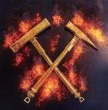 Χρυσά σφυριά στην πυρκαγιά Στοκ φωτογραφίες με δικαίωμα ελεύθερης χρήσης