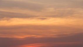Χρυσά χνουδωτά σύννεφα Στοκ φωτογραφίες με δικαίωμα ελεύθερης χρήσης