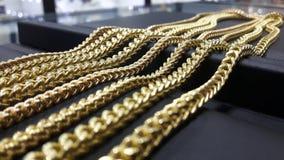 Χρυσές αλυσίδες Στοκ Φωτογραφία