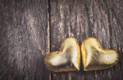 χρυσές καρδιές ανασκόπησης Στοκ Φωτογραφία