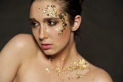 Χρυσές νιφάδες Makeup Στοκ Φωτογραφίες