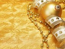 Χρυσή ανασκόπηση Χριστουγέννων στοκ φωτογραφία με δικαίωμα ελεύθερης χρήσης
