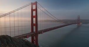 Χρυσή ανατολή γεφυρών πυλών απόθεμα βίντεο
