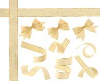 χρυσή απομονωμένη κορδέλ&lamb Στοκ φωτογραφίες με δικαίωμα ελεύθερης χρήσης