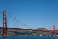 Χρυσή γέφυρα πυλών απ'άκρη σ'άκρη Στοκ Φωτογραφία