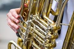 Χρυσή λεπτομέρεια tuba Στοκ Φωτογραφίες