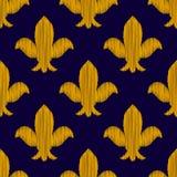 Χρυσή κεντημένη βασιλική διακόσμηση κρίνων στο σκούρο μπλε άνευ ραφής σχέδιο, διάνυσμα Στοκ Εικόνες