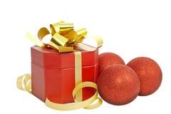 χρυσή κορδέλλα δώρων Χρισ& Στοκ Φωτογραφία